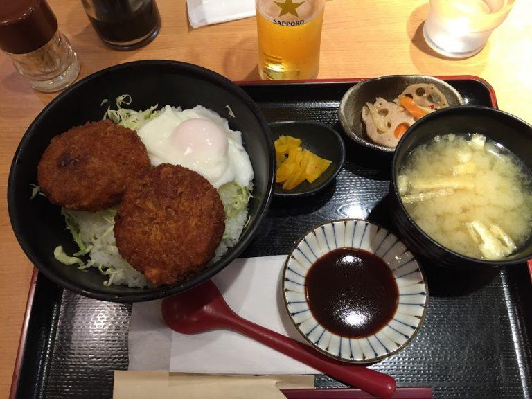 メンチカツ丼定食